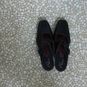 A2 by Aerosoles Black Casual Slip-On Heel